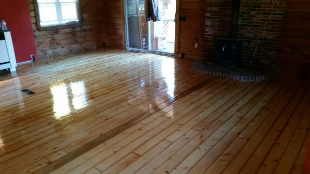 Hardwood flooring sanding and refinishing in Milford NH